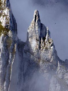 Dente del Lupo, Parco Nazionale del Gran Sasso e Monti della Laga, Abruzzo, Italy
