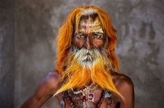 Steve McCurry Retrospective Presents 150 Striking Portraits of People and Cultures Around the World - My Modern Met