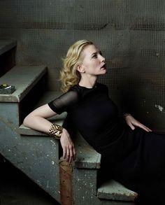 Кейт Бланшетт (Cate Blanchett) в фотосессии Анни Лейбовиц (Annie Leibovitz) для журнала Vogue (декабрь 2004), фотография 4