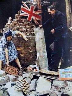 The Battle of Britain British Civilians during the german blitz, London 1940 World War Two History Magazine, The Blitz, Old London, Blitz London, Vintage London, Battle Of Britain, Victoria And Albert Museum, Before Us, British History