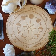 Wicca Witchcraft, Magick, Pendulum Witchcraft, Wiccan, Wood Burning Stencils, Wood Burning Patterns, Witch Painting, Pendulum Board, Moon Crafts