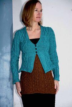 Ravelry: Gyda Cowl pattern by Linda Marveng