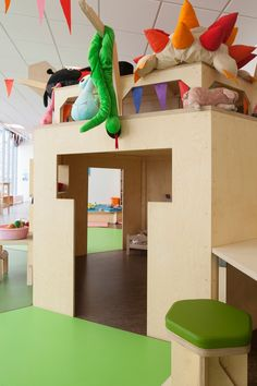 matali crasset designs this playspace in Paris ~ hut + lookout