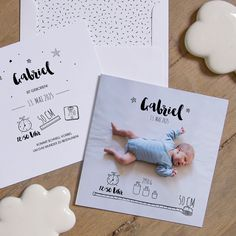 Federleicht - Geburtskarte aus hochwertigem Kreativkarton (Papierstärke 280g). Verschickt Liebe!