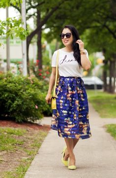 40 Compelling Graphic Tees Outfits you want Immediately
