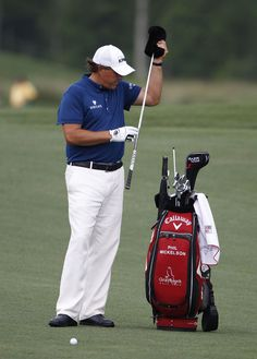 Phil Mickelson puts two drivers in bag for the Masters