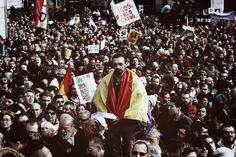 PAR SIMON GOUIN, SOPHIE CHAPELLE Le tout jeune parti espagnol Podemos – « Nous pouvons » – vient de fêter sa première année d'existence. Ce mouvement de gauche avait fait une entrée remarquée sur la scène politique lors des élections européennes, avec...