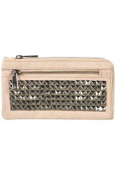 Im totally gonna DIY my purses and wallets! Chic Fashionista, Belt Purse, Scarf Jewelry, Jewlery, Studded Purse, Beautiful Bags, Clutch Wallet, Purses And Handbags, Studs