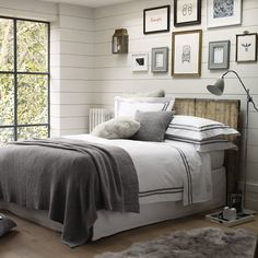 I really like this frame idea above the bed..but what pictures to pit in the frames?