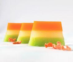 molecular cuisine gelification technique salad:      3 carrots     1 lemon     1 cucumber     2 gr. agar-agar     1/3 cup of water