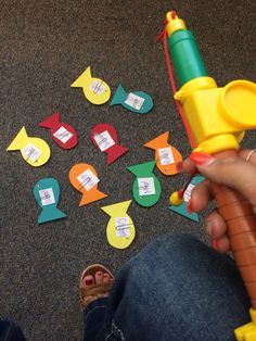 """Have student write vocab word on a small index card. Use a paper clip to clip the vocab words on to the fish. Read the definition out loud and have the kiddos """"go fishing"""" for the correct vocab word. #teach #vocab #teacher #class #kindergarden #firstgrade #learningactivities #kids #fishing"""