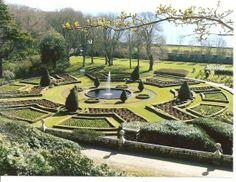 Formal gardens, Dunrobin Castle