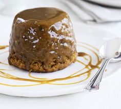 Sticky toffee pudding aka basically the most delicious thing ever that is really hard to make right. WILL MASTER IT ONE DAY