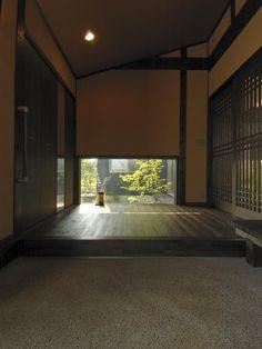 和モダン Japanese Style House, Traditional Japanese House, Japanese Modern, Japanese Interior, Japanese Design, Japanese Architecture, Interior Architecture, Interior And Exterior, Bedroom Minimalist