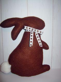 MInimál Csoki - színű  filc nyuszi (Filckucko) - Meska.hu