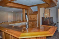 Basement Bar - For Sale by RE/MAX PLATINUM TEAM CALLAN CALL 810.632.2345. Visit our website www.teamcallan.com.