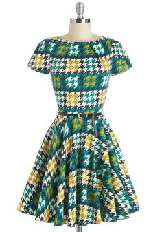 Like a Lucky Lady in Houndstooth by Closet - Mid-length, Multi, Houndstooth, Exposed zipper, Pockets, Belted, Work, Fit & Flare, Short Sleeves, Variation