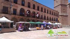 La Plaza Mayor de Villanueva de los Infantes acoge la Feria REDMUR de Emprendimiento