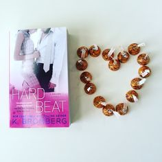 Hard Beat by K. Bromberg - http://jacquelinesreads.blogspot.com/2015/11/hard-beat-driven-7-by-k-bromberg-review.html