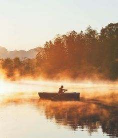 Early morning rowing session  Courtesy of @lebackpacker! Tag your best travel photos with #beautifuldestinations by beautifuldestinations