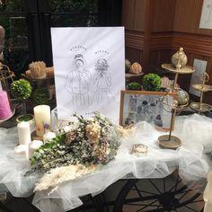 . とっても素敵なウェルカムスペースに 小西製作所のウェ... Gatsby Wedding, Wedding Art, Wedding Images, Floral Wedding, Wedding Photo Table, Wedding Welcome Table, Wedding Centerpieces, Wedding Decorations, Table Decorations