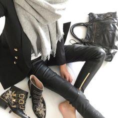 """#ootd #chloe #chloeboots #chloesusanna #hm #hmootd #hmscarf #balmainxhm #leatherpants #blazer #balenciaga #balenciagabag"""
