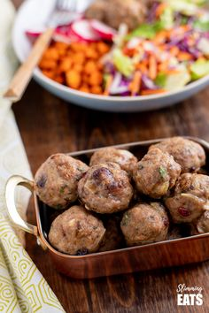 Cranberry Almond Chicken Meatballs - delicious protein bites with sliced almonds and the yummy sweetness of dried cranberries. Gluten Free, Dairy Free, Slimming World and Weight Watchers friendly Almond Chicken, Ground Chicken Recipes, Cranberry Almond, Slimming Eats, Protein Bites, Chicken Meatballs, Dairy Free, Gluten Free, Sliced Almonds