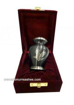 1000 Images About Keepsake Cremation Urns On Pinterest