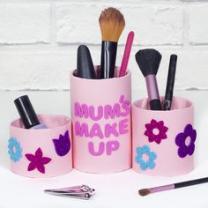 A lovely Mother's Day gift for Mum to store all her make up in. Diy Gifts For Kids, Gifts For Mum, Mother Gifts, Craft Gifts, Crafts For Kids, Make Up Storage, Craft Free, Mother's Day Diy, Mothers Day Crafts