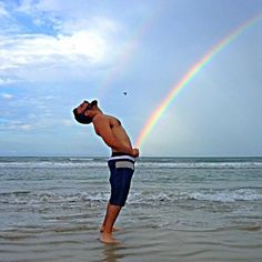 How gay people make bebes.from Have A Gay Day non profit Funny Beach Pictures, Beach Photos, Cool Photos, Fail Pictures, Le Bataclan, Today Meme, Photo Summer, Summer Vibe, Beach Humor