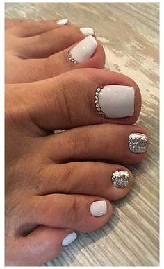 Feet Nail Design, Pedicure Nail Designs, Manicure E Pedicure, Toe Nail Designs, Pedicure Ideas, Gel Toe Nails, Feet Nails, Toe Nail Art, Toe Nail Polish