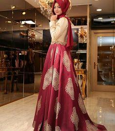 Pinar Sems Harem Dress 645 TL or 230 Dolars You can order and informations whatsapp05533302701 #modaufkuhijab