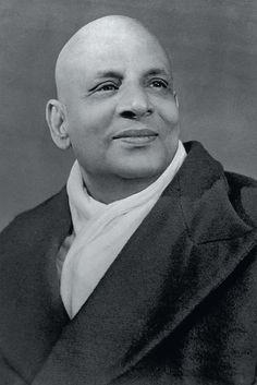 Bharatham : Uthishtatha-Jagratha : (wef-05/11/2012. ): Sivananda's Personality - 8.