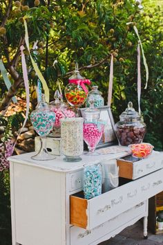 Vintage dresser up-cycled for a wedding candy buffet, would be great for a baby shower too! Find all your design ideas, needs and candy Culligan Culligan Hichens Powell's Sweet Shoppe Chico, Ca Lolly Buffet, Candy Buffet Tables, Dessert Buffet, Candy Table, Dessert Bars, Rustic Candy Buffet, Dessert Tables, Wedding Ideias, Bar A Bonbon