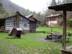 TeamGreenAdventures.com - Charit Creek Lodge Weekend