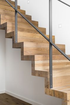 Staircase Railing Design, Modern Stair Railing, Interior Stairs, House Stairs, Interior Garden, Cozy House, Home Deco, House Design, Decoration