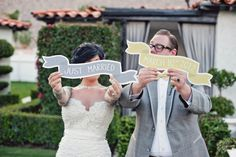 cute 'just married' signs - perfect for thank you cards