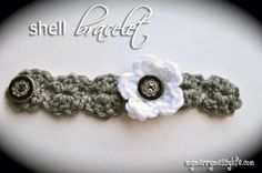 My Merry Messy Life: Crochet Shell Bracelet {free crochet pattern}