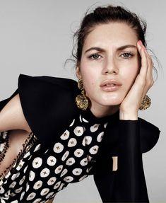 Photography: Paola Kudacki Styled by: Samira Nasr Hair: Romina Manenti Makeup: Fulvia Farolfi Model: Valery Kaufman