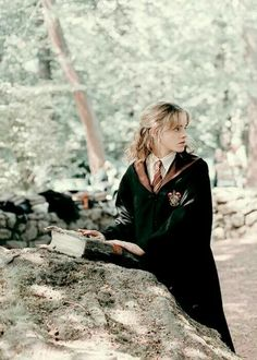 Hermione Granger the brightest witch of her age Harry Potter Tumblr, Estilo Harry Potter, Mundo Harry Potter, Harry Potter Poster, Harry Potter Pictures, Harry James Potter, Harry Potter Cast, Harry Potter Characters, Harry Potter Universal