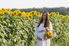 / A walk in the countryside. Countryside, Straw Bag, White Dress, Bags, Dresses, Fashion, White Dress Outfit, Purses, Moda