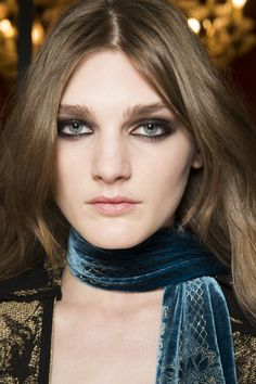 http://www.vogue.com/fashion-shows/fall-2016-ready-to-wear/roberto-cavalli/slideshow/beauty