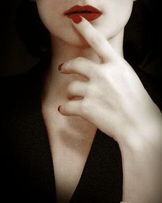 great photo and pose. love the red red lips. Persuasion Print sensual dramatic portrait by ellemoss Red Nails, Hair And Nails, Dramatic Photos, Nailart, Estilo Lolita, Vampire Art, Pale Skin, Female Portrait, Red Lipsticks