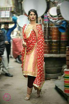 indian fashion Modern -- Click Visit link for Pakistani Couture, Pakistani Outfits, Indian Outfits, Punjabi Fashion, Ethnic Fashion, Indian Fashion, Designer Punjabi Suits, Indian Designer Wear, Indian Attire