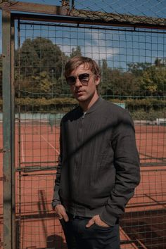 William Moseley, Men Sweater, Behind The Scenes, The Voice, Tv Series, Cinema, Content, Sweaters, Beautiful
