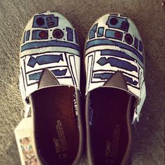 R2-D2 hand painted Toms shoes.