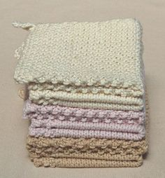 wash cloths *Free pattern from The Purl Bee. I thought they were pot holders but it says wash cloths. They are beautiful and why not? I bet these cotton cloths would feel wonderful as a face and body cleanser! :)