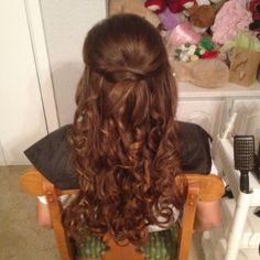 Bridesmaid hair... <3