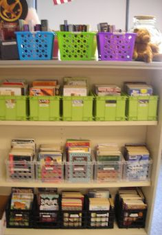 The most organized classroom library!  Read about the book bins, cataloging system, labeling, and student checkout system...