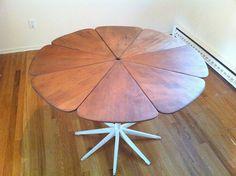 Vintage Richard Schultz petal dining table for Knoll